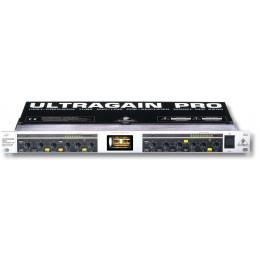 Behringer MIC2200 - 2-канальный ламповый микрофонный предусилите