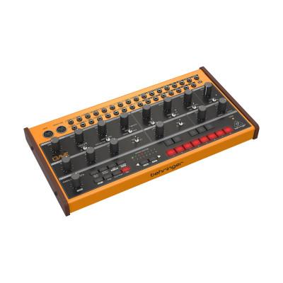 Полумодульный синтезатор Behringer CRAVE