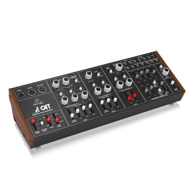 Полумодульный синтезатор Behringer CAT